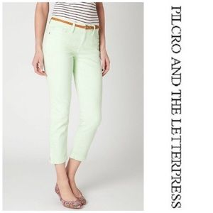 """Anthro Pilcro """"stet"""" cropped slit ankle green jean"""